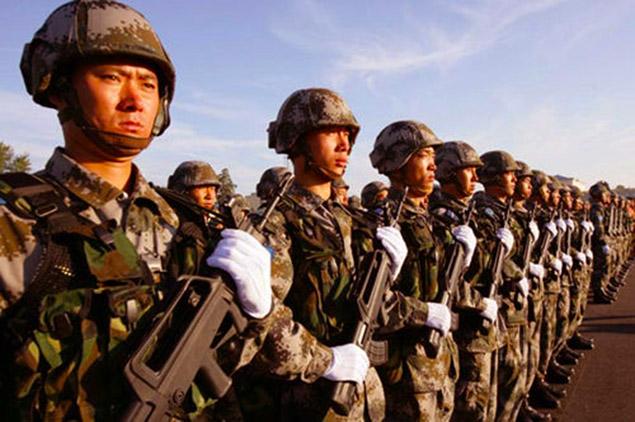 中国人民解放陸軍の装備   エア...